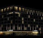 Fassade bei Nacht300