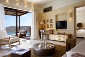 Wohnbereich der Premium Suite. Bild: Marriott International