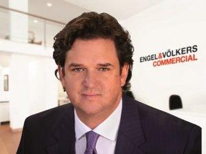 Andres Ewald ist geschäftsführender Gesellschafter der EVHC. Bild: Engel & Völkers