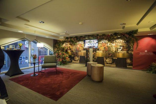 Die öffentlichen Bereiche verweisen mit ihrem floralen Design auf die Umgebung des Hotels. Bild: NH Hotel Group