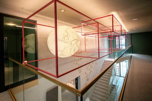 Die Treppe zum Seminarbereich. Bild: J. Vogt/Ariva Hotel
