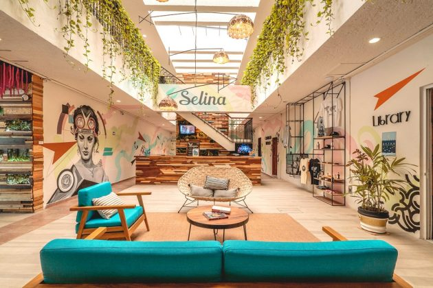 Lobby des Selina Hotels Cancun. Bild: Selina