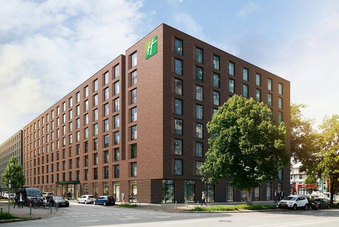 Das Holiday Inn Hamburg Mitte. Bild: Gorgeous Smiling Hotels GmbH